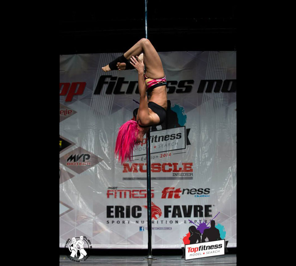 Top Fitness Model Search - Julie Marois